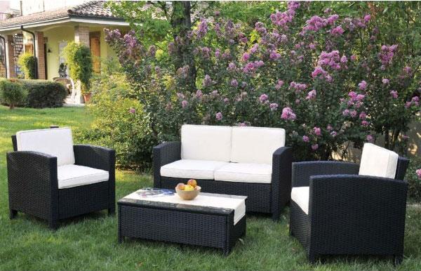 Il giardino non solo erba l 39 importanza dell 39 arredo for Arredo giardino online shop