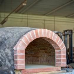 Forno a legna in Cotto Refrattario Artigianale Toscano - Diametro 80 cm - con Piano e Tappo